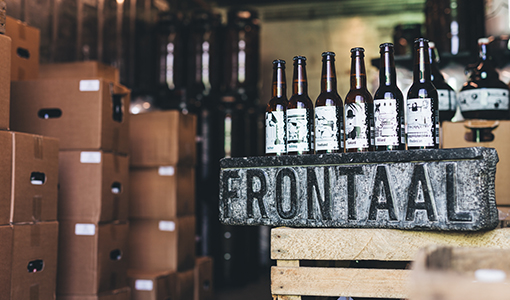pils-bier-brouwerij-nederland-streekbier-breda-frontaal-foto01